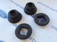 Ford Escort MK3/4/XR/RS New Genuine Ford wiper spindle rubbers and caps